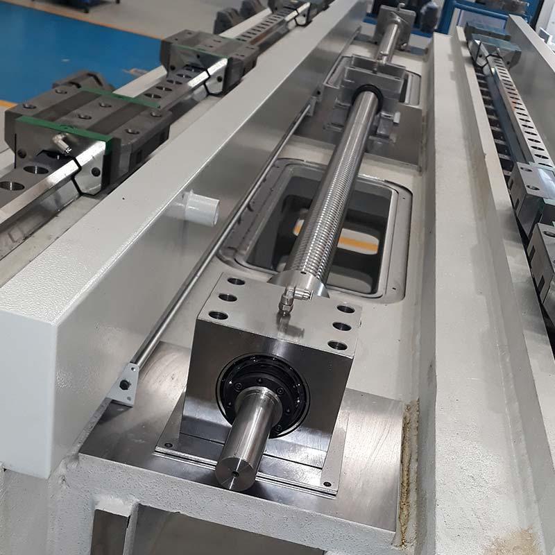 Lodi Grinding Machines Macchine Rettificatrici a controllo numerico